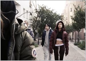 VIDEO OUTDOOR FEMME 1